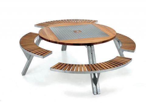 Gargantua Tisch mit 4 Bänken