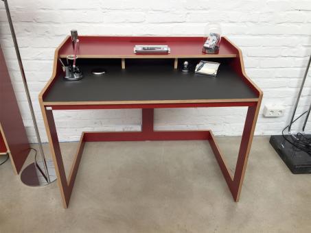 Designwebstore plane sekret r mit linoleum korpus rot for Linoleum schwarz