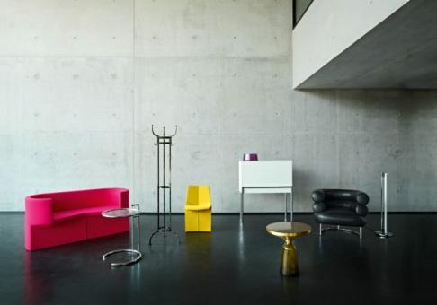 Designwebstore bell side table montana blau messing for Frank dekorationsartikel
