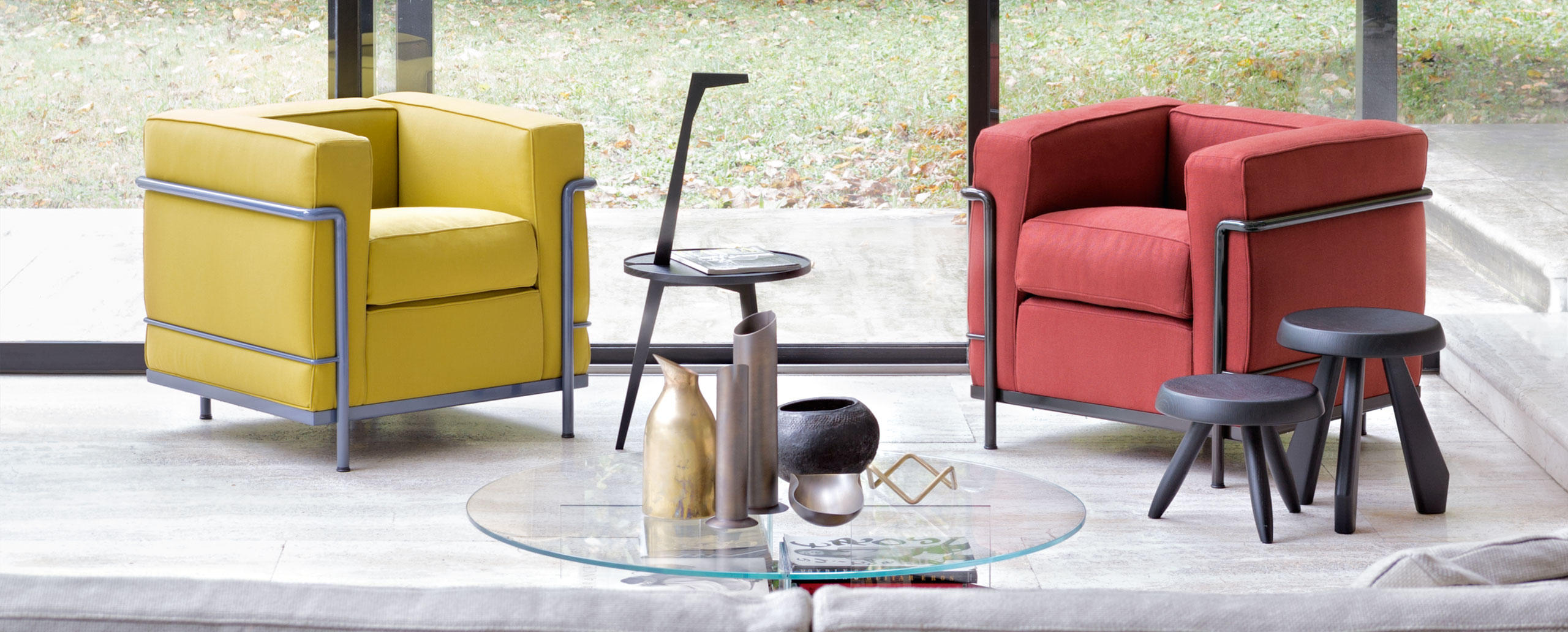 designwebstore lc2. Black Bedroom Furniture Sets. Home Design Ideas